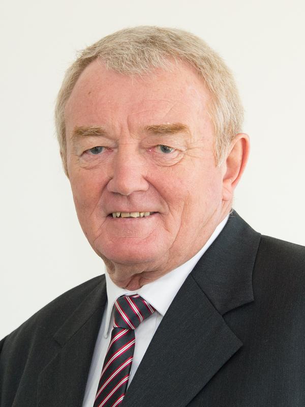 Peter                                  Hales